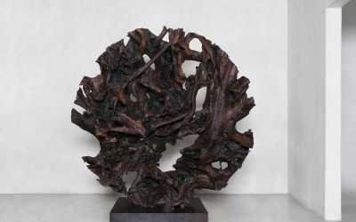 30 round root black sculpture